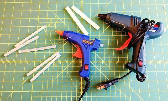 Hot glue guns