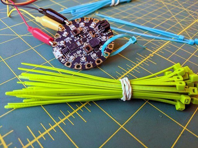 Bundle of zip ties