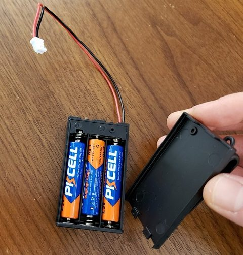 3 batteries placed into the battery pack