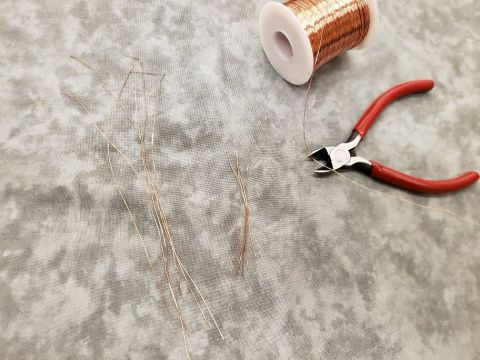 Roll and pieces of wire
